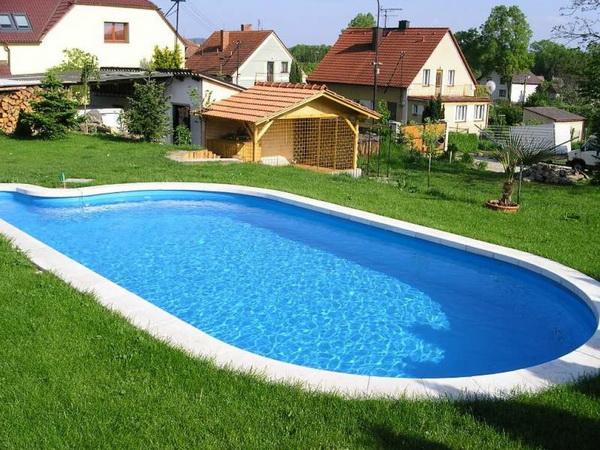 Lem bazénu bez okolní dlažby