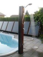 Závěsná solární sprcha s teploměrem