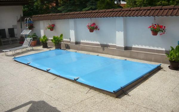 Bazénové plachty